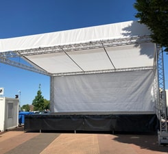 detail-podium-min